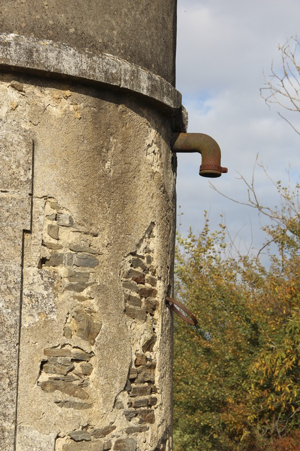 Ignoring the obvious - Railway history in the Charente Tower310