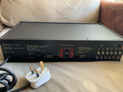Arcam Alpha integrated amp (Used) 4ca24b10