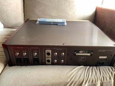 Accuphase DP-70V CD player (Used)Sold 7e96ab10