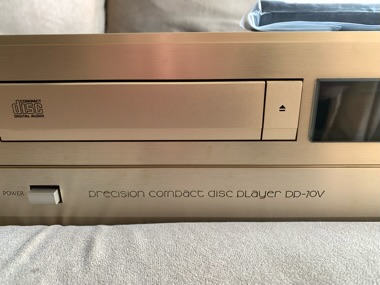 Accuphase DP-70V CD player (Used)Sold D8e7e510
