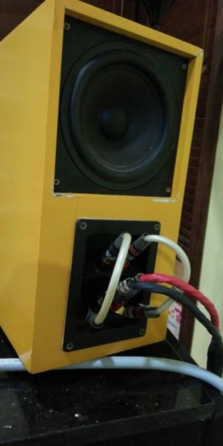 Illusion 3D speaker (Used) Febcd410