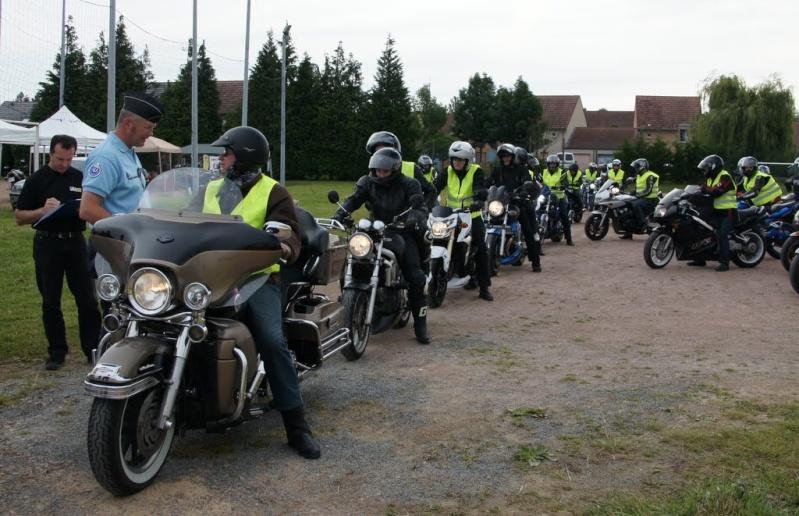 Saturnin interdit de rallye de gendarmerie ! - Page 2 Stand-10