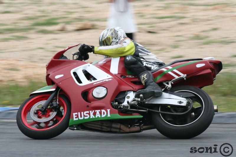 faites la liste de toutes les motos que vous avez possédé! - Page 2 01610