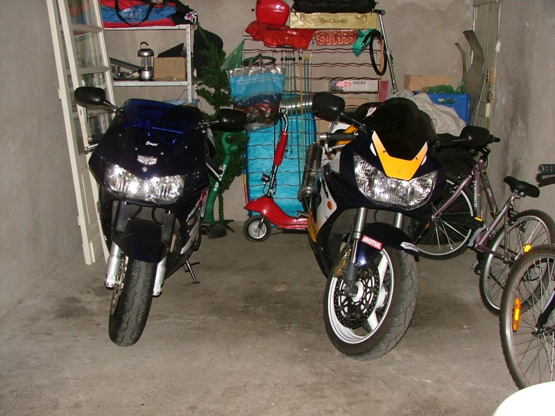 faites la liste de toutes les motos que vous avez possédé! - Page 2 Dscf8810