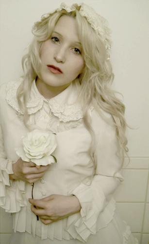 Shiro Lolita - Page 2 2chluv10