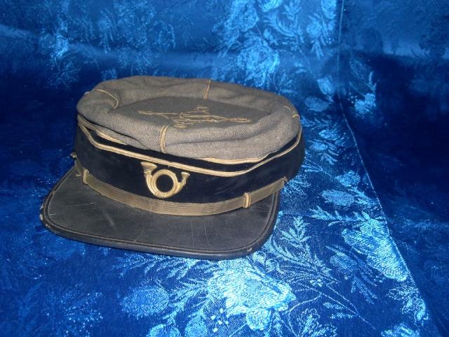 Ces objets civils ou récents que l'on croit être militaires ou anciens. 81211310