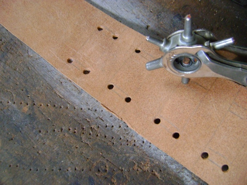 Confectionner un baudrier de rapière XVII°. Dsc05511