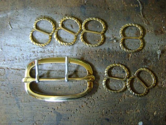 Confectionner un baudrier de rapière XVII°. Dsc05520