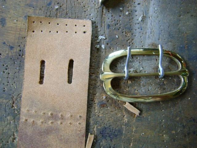Confectionner un baudrier de rapière XVII°. Dsc05528