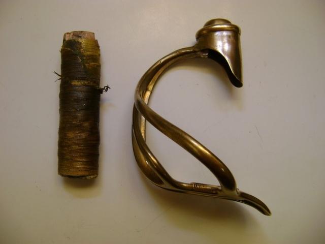 Restauration d'une poignée de sabre 1822. Dsc05721