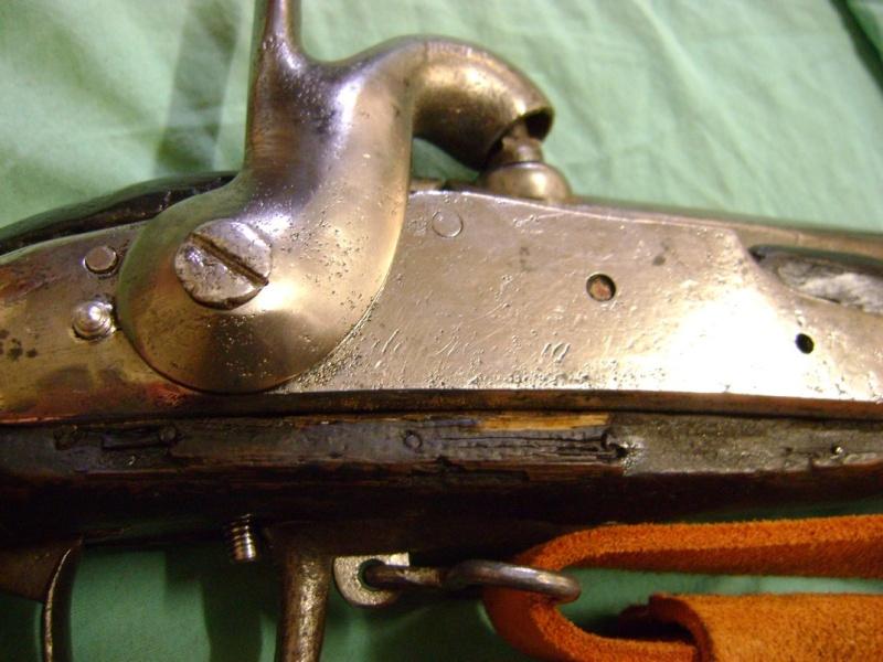 Quelques platines AN IX et 1822 transformées à percussion. Dsc06099