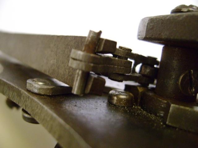 Reproduction de platine à rouet. Dsc06107