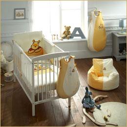 chambre bébé théme winnie l'ourson Ambian10
