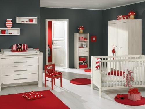 chambre bébé théme winnie l'ourson Chambr10