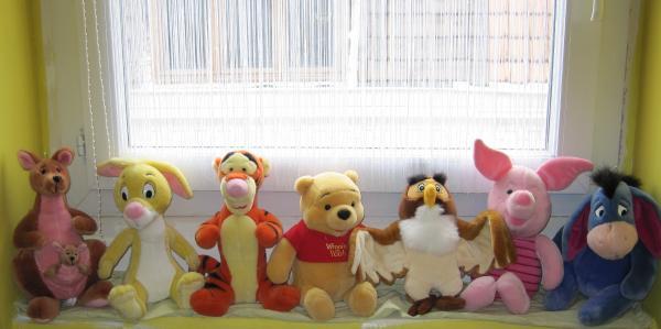 chambre bébé théme winnie l'ourson Le-mon10