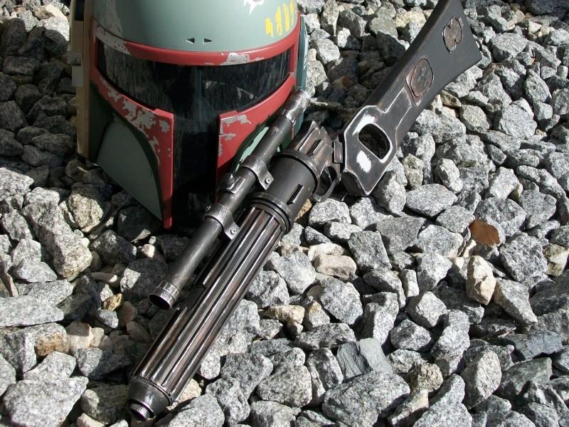 Question aspect du Boba fett blaster  100_3211