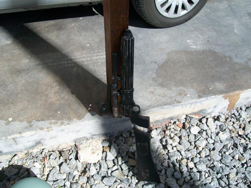 Question aspect du Boba fett blaster  100_3213