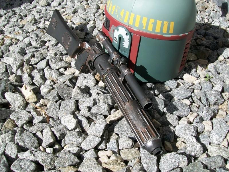 Question aspect du Boba fett blaster  100_3216