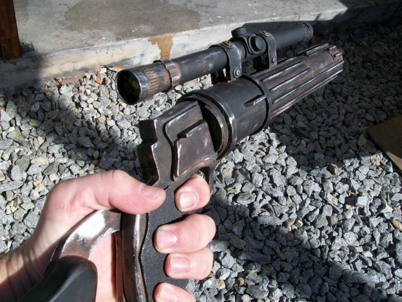 Question aspect du Boba fett blaster  100_3217