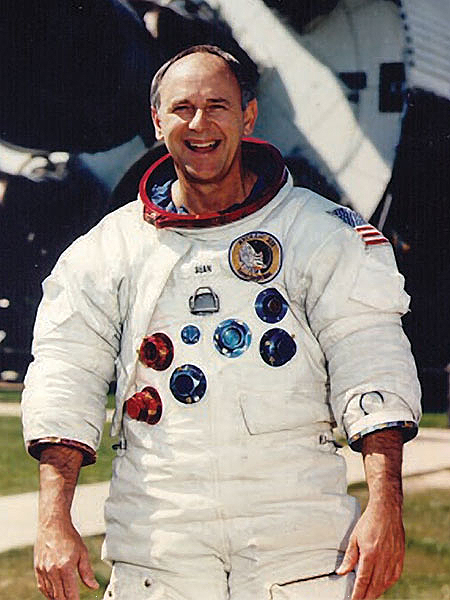Programme Apollo (autre que les missions) - Le Programme - Rares Documents, Photos, et autres ... Astron13