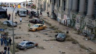 Hollywood à Montréal: Décor apocalyptique au centre-ville 20110925