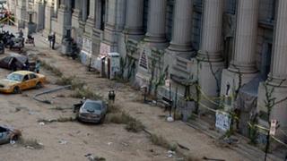 Hollywood à Montréal: Décor apocalyptique au centre-ville 20110927