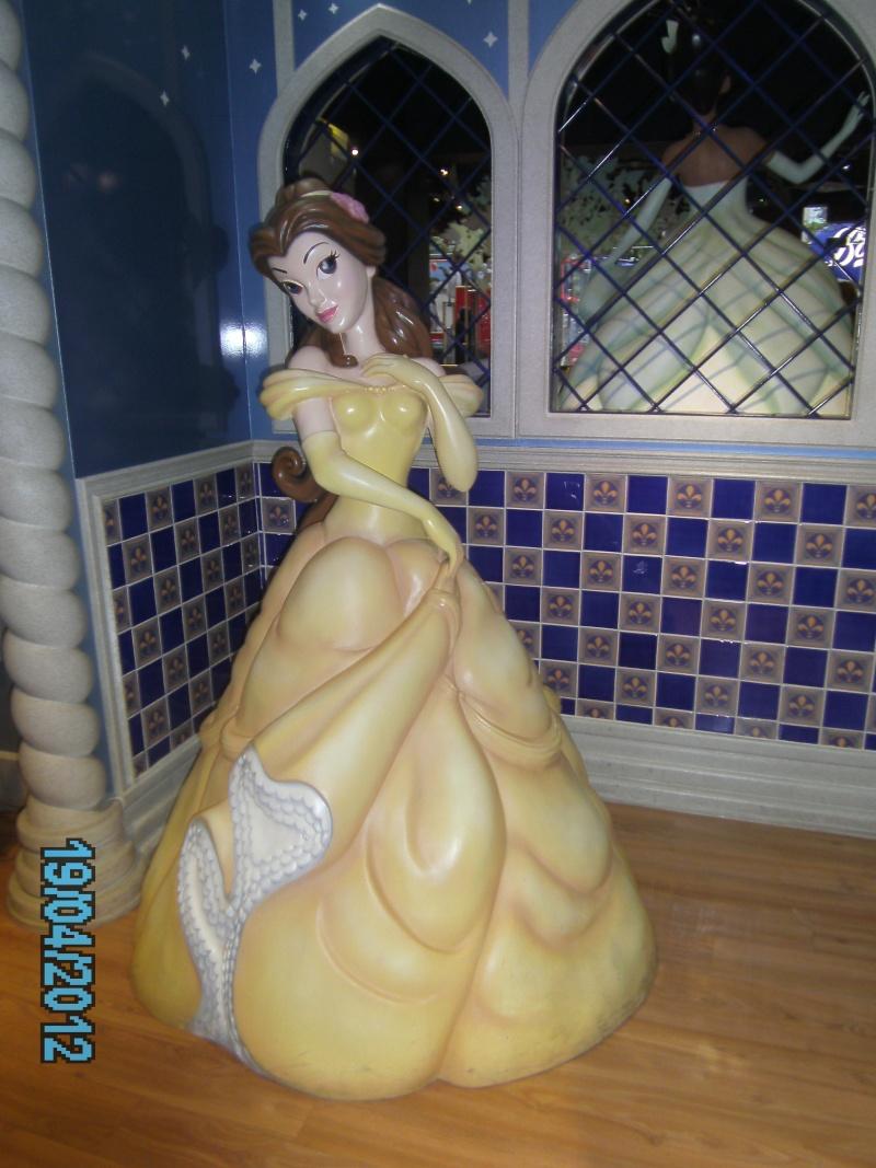 [Disney Store] 2012 : l'Année des Princesses - Page 12 Pict2021