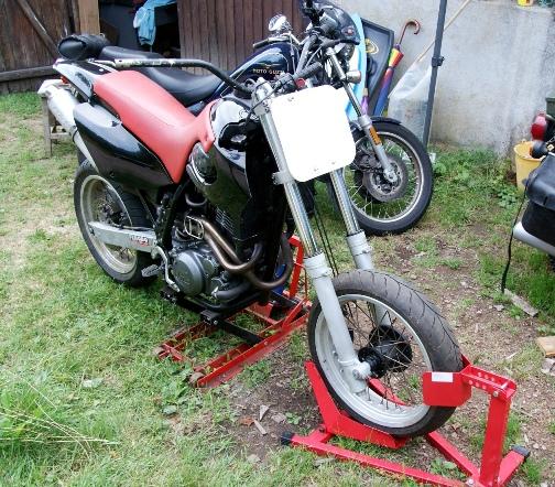 ETZ 250 flat track façon puzzle 660ftr11