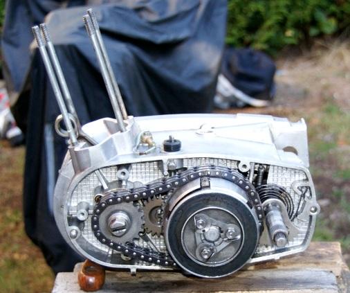 Bas moteur 125 ETZ à vendre Mot_1211