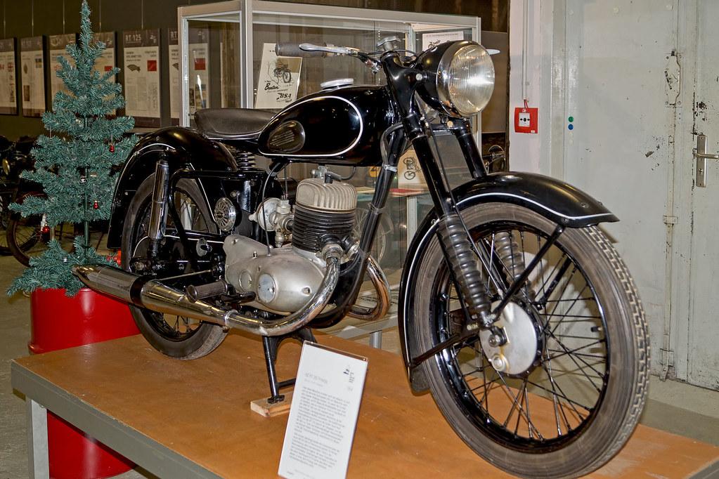 La RT200 de 1951 Rt_25010