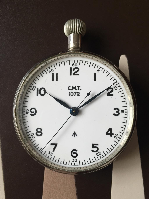 CWC : chronographe des pilotes de la marine anglaise Img_3811