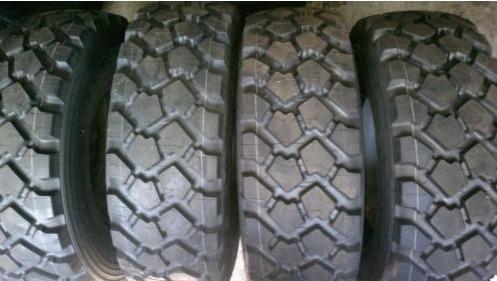 pneu pour mon 1500 Lot_de10