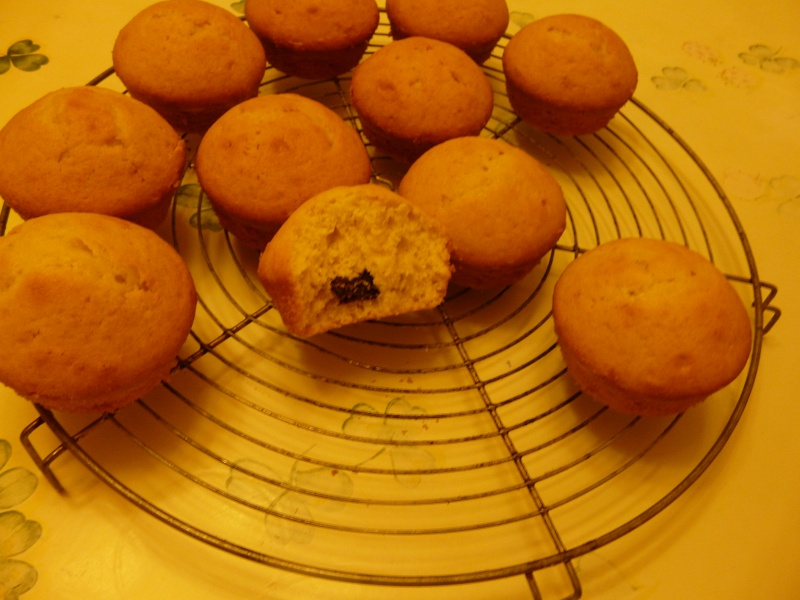 muffins choco blanc et choco noir de Cojocano P1060817