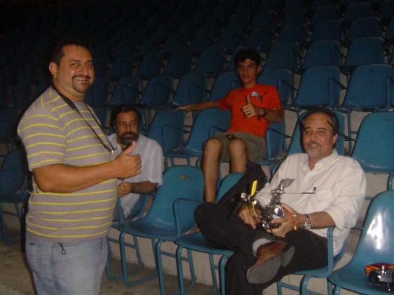 GINÁSIO PAULO SARASATE - 30/11/2011 -Noite de muitos Vôos !!!!!!!!!!!!!!  Ginasi12