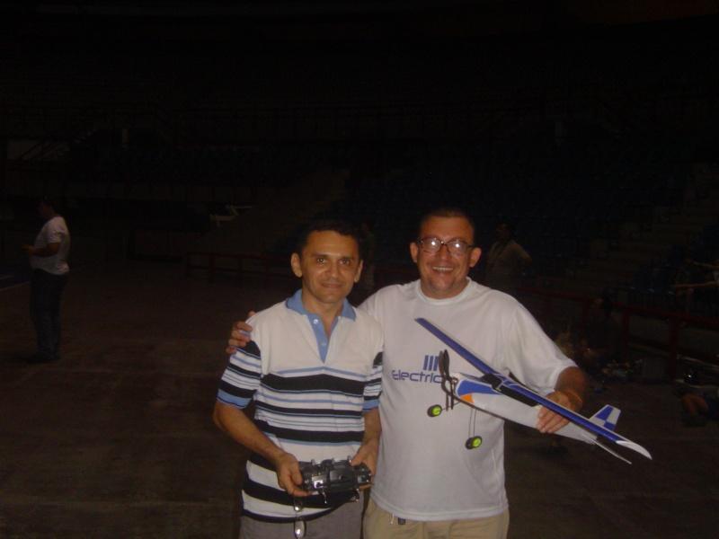 GINÁSIO PAULO SARASATE - 30/11/2011 -Noite de muitos Vôos !!!!!!!!!!!!!!  Ginasi20