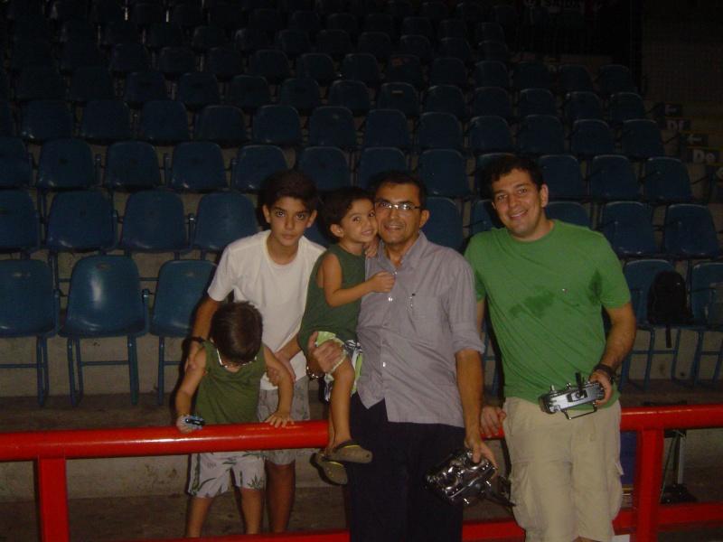 GINÁSIO PAULO SARASATE - 30/11/2011 -Noite de muitos Vôos !!!!!!!!!!!!!!  Ginasi21