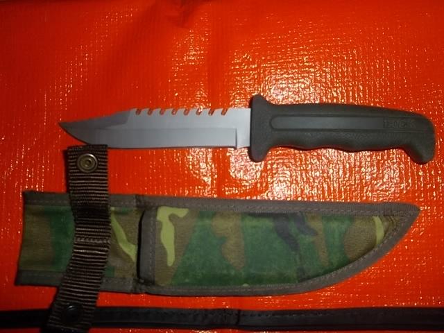 couteau de survie buck méconnu Imgp2612
