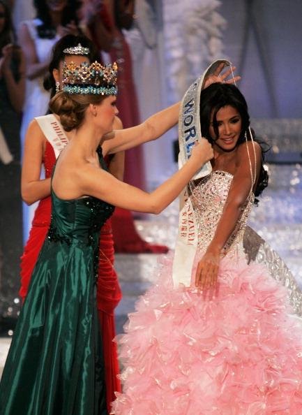 Official Thread of MISS WORLD 2011 - Ivian Sarcos - Venezuela 13164212
