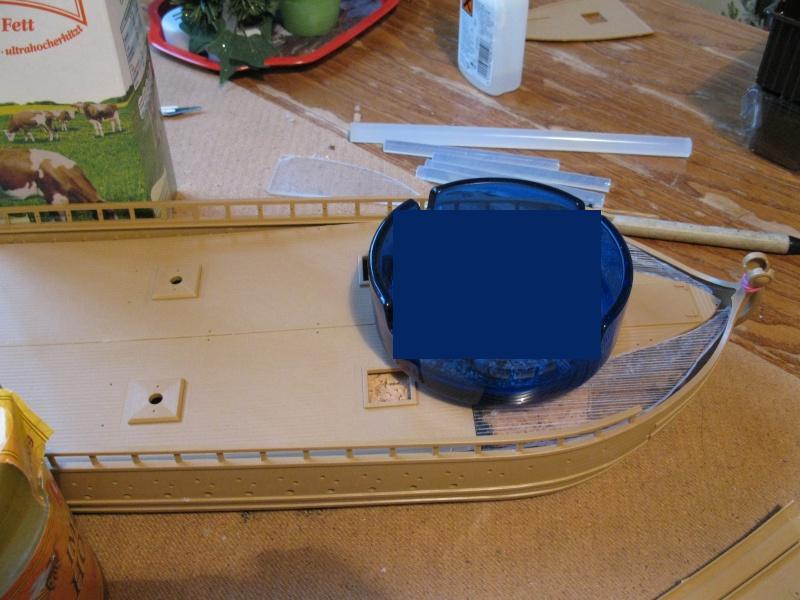 Was man aus vier Schiffsbausätzen bauen kann Img_0059