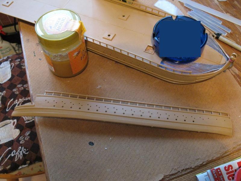 Was man aus vier Schiffsbausätzen bauen kann Img_0060