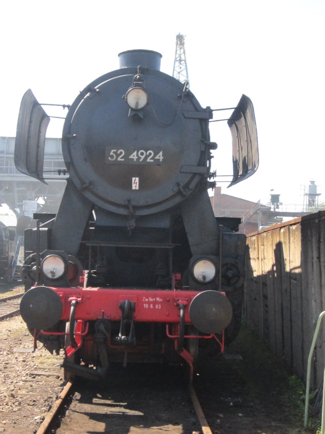 Die BR 52 - die Kriegslok - und BR 52.80 sowie Kohlestaub-52 - Seite 3 Img_0394