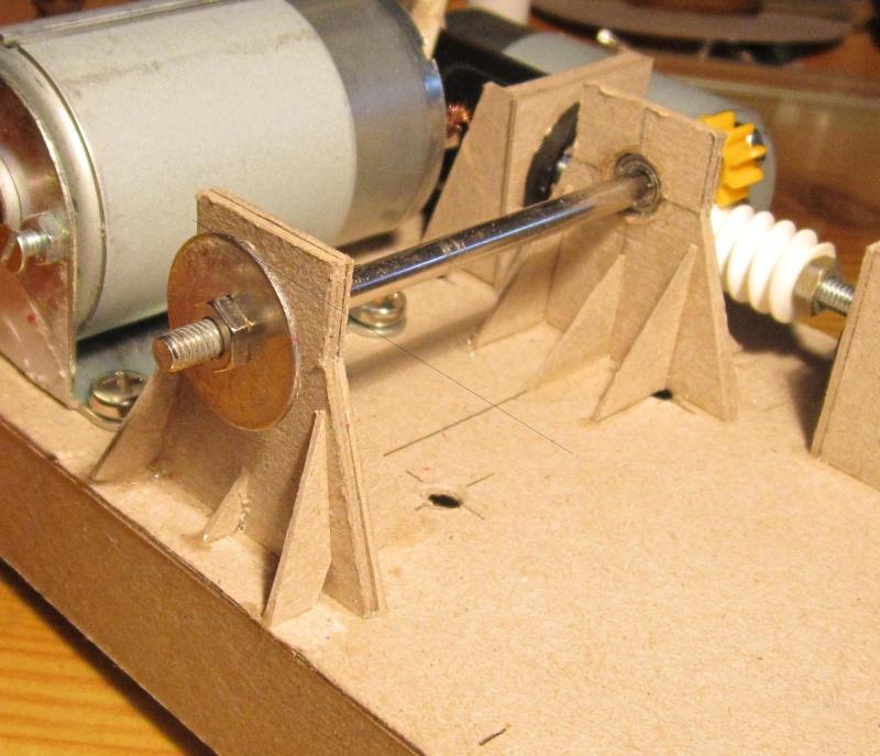 Nu was wird das denn... Papp-Kompressor , der Erste Img_3610