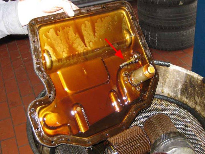 vis déssérrée dans la carter d'huile - Page 2 16764711