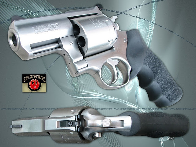 Smith & Wesson mod. 29 - Page 2 Ruger_10