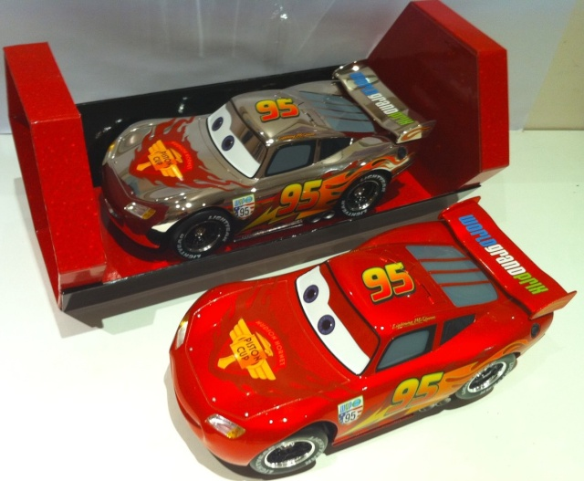 Disney Store Cars  - Page 14 2_flas12
