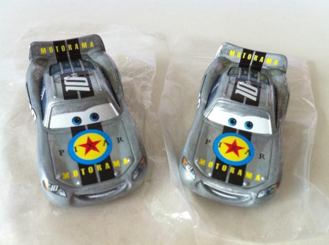 [recensement] Lightning McQueen Pixar Motorama - Page 7 Motora10