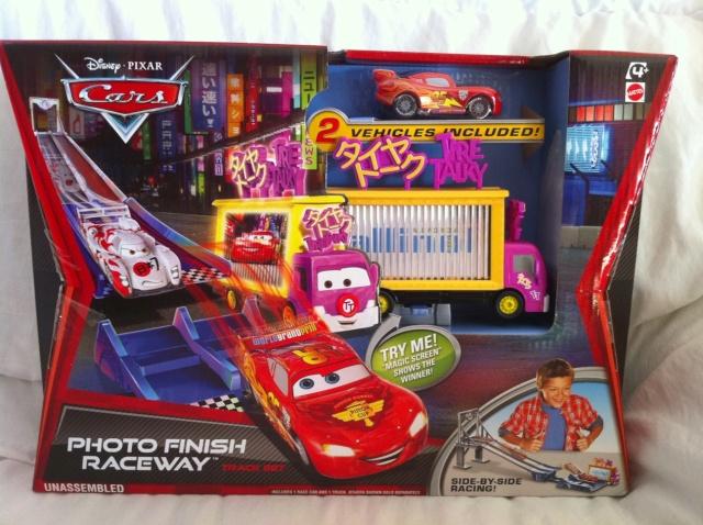 [Cars 2] Les Playsets par Mathilde - Page 11 Photo_10