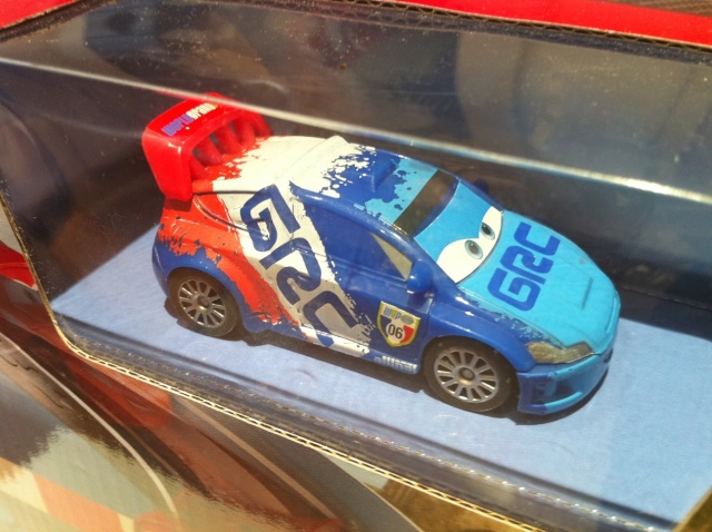 [Cars 2] Les Playsets par Mathilde - Page 6 Raoule10