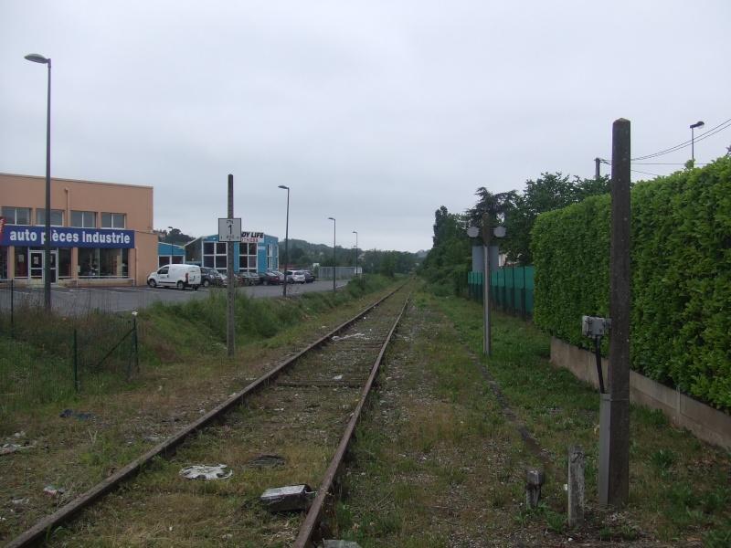 Surprise en gare de Saint Juéry (on aurait pu y croire, mais finalement...) - Page 3 Dscf7511