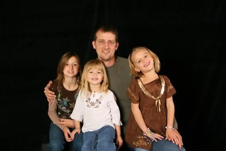 Aaron Schaffhausen Murdered Daughters Amara, Sophie & Cecil/Schaffhausen pleads guilty to murders, jury will decide if he was sane/Jury: Guilty BUT SANE of 3 counts 1st degree murder/7.16.13 Judge orders three life sentences to be served consecutively 19012510
